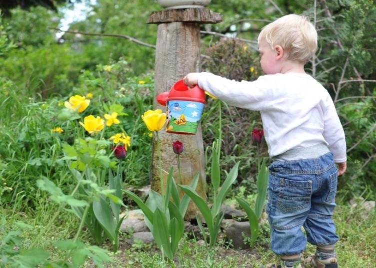 Kids and gardening