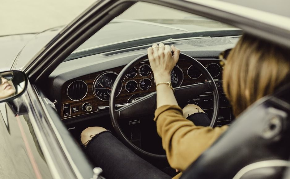 UAE driving license renewal